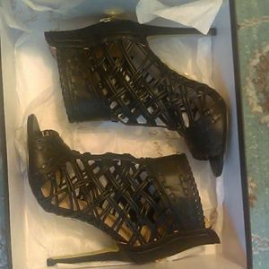 Bebe SEXY Size 6 heels
